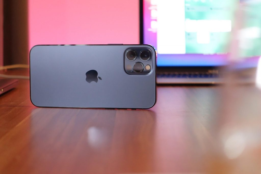 The iPhone 13 Pro Max Fake should show off new zenith and larger cameras