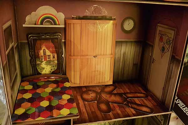 Escape the Room: The Cursed Doll's House - Another Room - Photo by Axel Bongaert