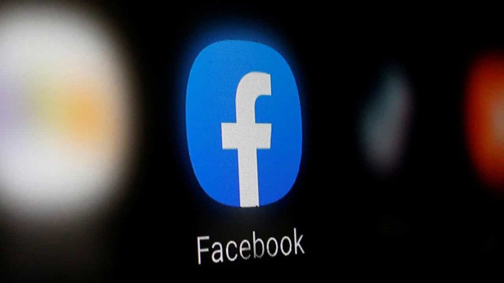 Facebook introduces app for work meetings through virtual reality